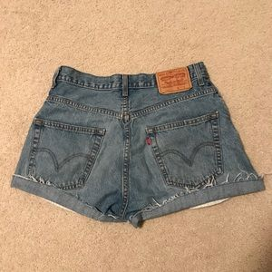 Levis cutoffs